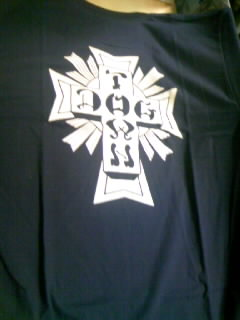 Dog Town Cross logo T 5-5
