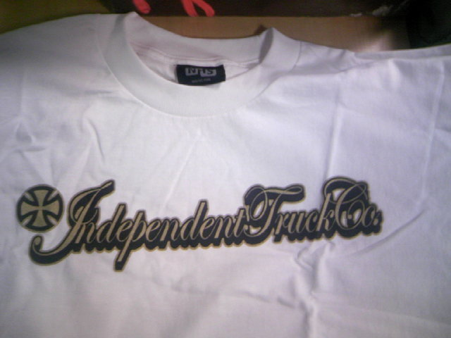 Independent Gold script T 4-3
