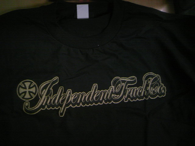 Independent Gold script T 4-4