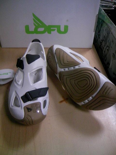 Lofu Shape wht/gld 2-2z