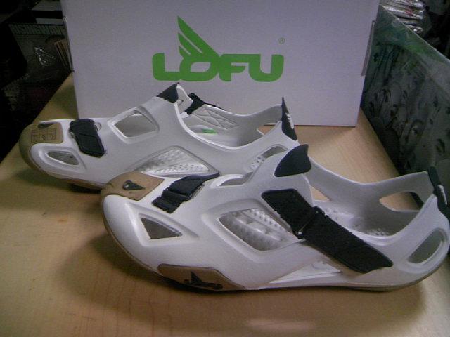 Lofu Shape wht/gld 2-4