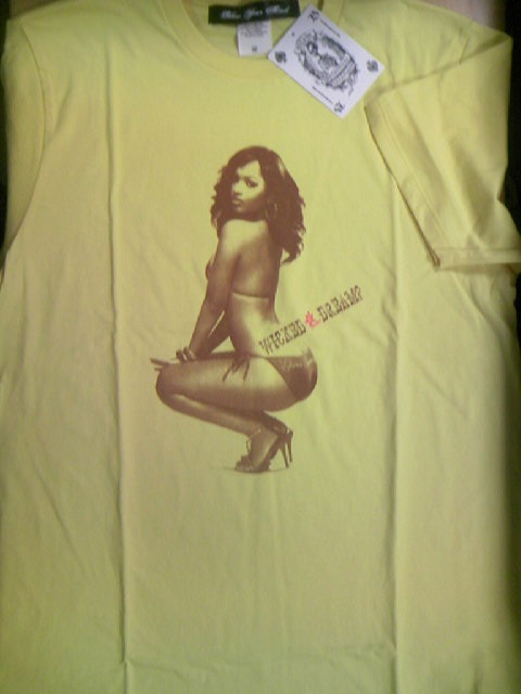 Blow Rihanna T 1-1z