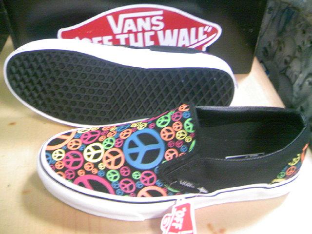 Vans Peace slip-on 2-4