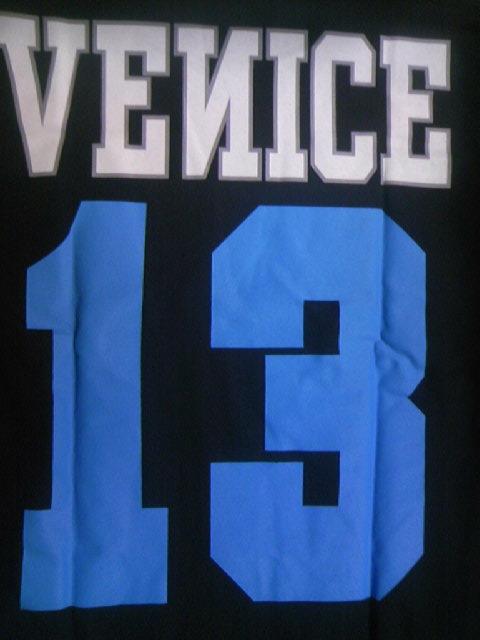 Venice 13 Colledge T 1-8z