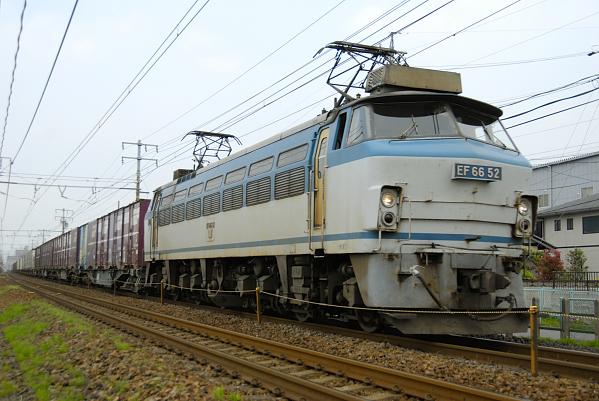 8056レ  EF66-52