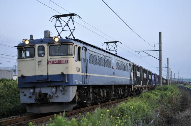 4084レ EF65-1082