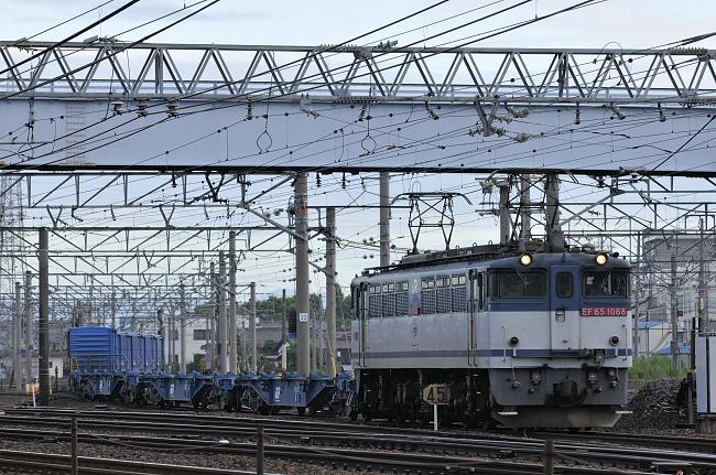 1554レ EF65-1068