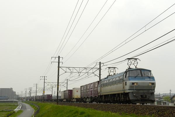 2071レ  EF66-127