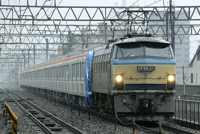 8862レ EF66-20+東京地下鉄甲種輸送
