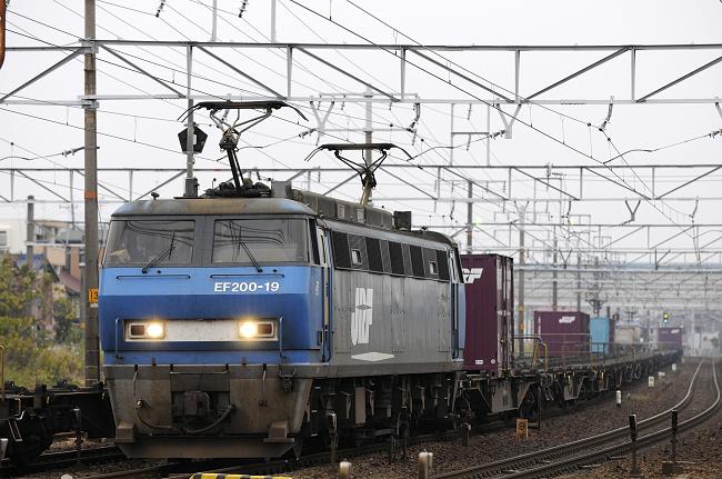 1055レ EF200-19号機
