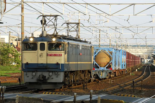 951レ EF65-1082