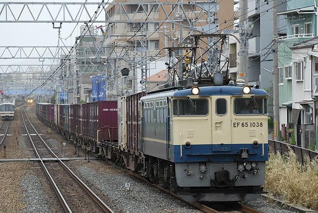 72レ EF65-1038