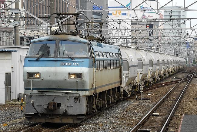 5767レ EF66-111
