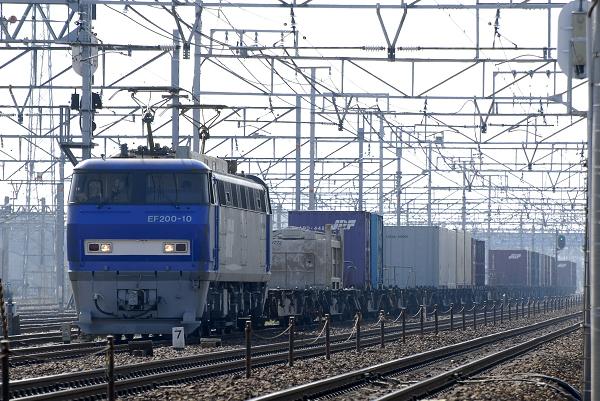 7051レ  EF200-10号機
