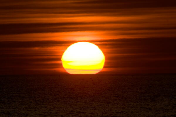太陽は丸い!