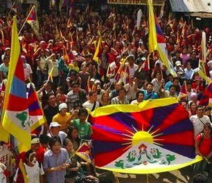 チベットのデモ