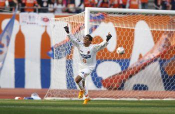 20 Mar 08 - Omiya have a striker! Who scores goals!