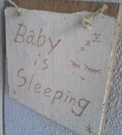 赤ちゃんが寝ています