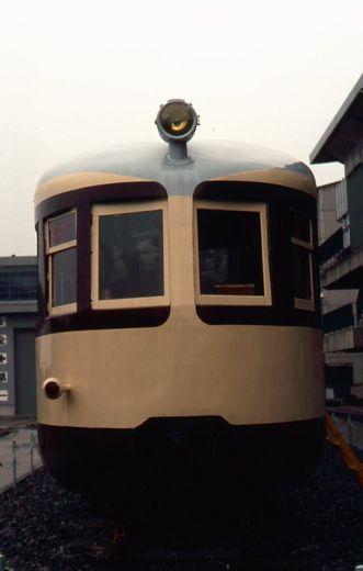 モハ52001-2