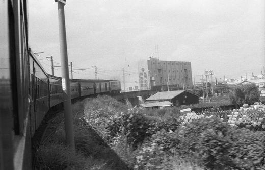 19730923大阪駅579-1