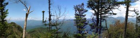 皇海山山頂からのパノラマ