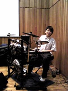 伊藤 翼ドラム