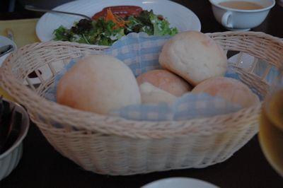 焼きたてのパン