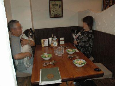 夕食の時間です♪