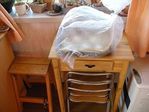 酵母を育ててみよう:パン作り後編 009