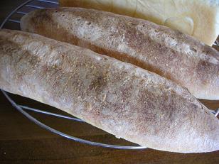 e-komapanと枝豆五穀チーズパン 008