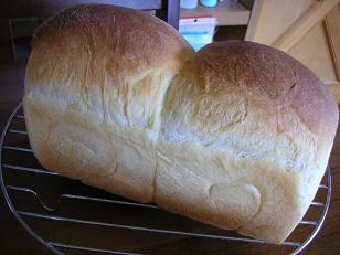 e-komapanと枝豆五穀チーズパン 007