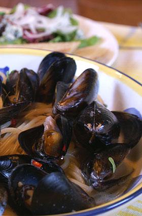 ムール貝のクリームパスタ