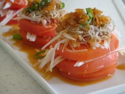 ひんやりトマトのサラダ