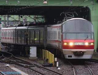 金山駅の名鉄電車 0531 1
