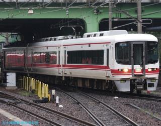 金山駅の名鉄電車 0531 2