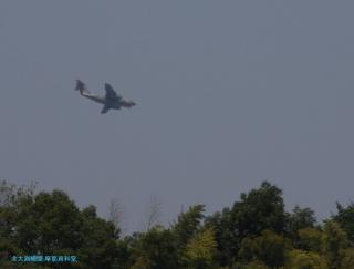 飛行開発実験団の航空機を見上げてみた 4