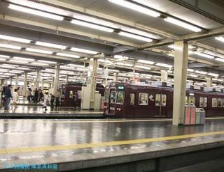 阪急 晩春雨天の車窓 07