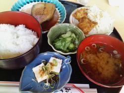 日替わり定食490円なり