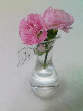 カーネーション 花瓶