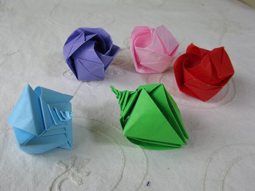 すべての折り紙 バラ作り方 折り紙 : わたしのまわりのすきなもの ...