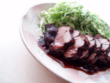 黒豆煮汁豚
