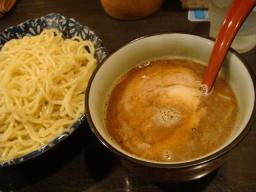 ラーメン つけ麺 渋谷 中華ソバ 櫻坂 桜坂