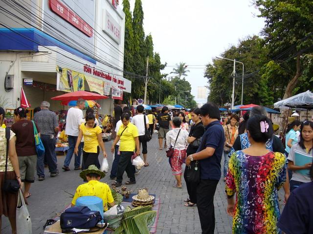 Sunday Market 4