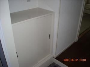 玄関縁周りとシューズボックス塗装