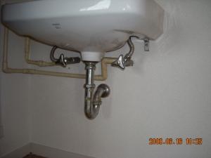 壁紙張替(クロス張替)洗面台下