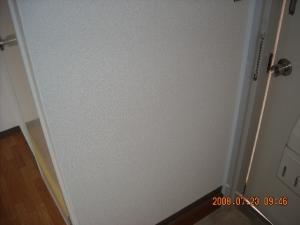 玄関壁紙壁面張替後(クロス張替後)