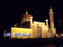 夜のモスク~、まあ残念なりにも綺麗w