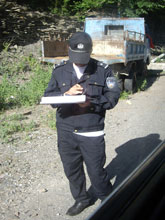 まーた検問ダー、警察の検問、軍の検問とめんどくせえええええ!
