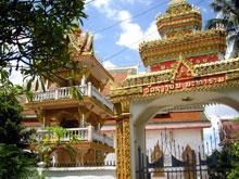 寺はどの街にも必ずあるんだよー、ビエンチャンにもかなりあった