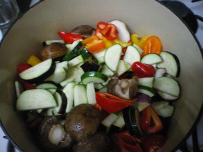 お野菜たちがお鍋に入りました♪